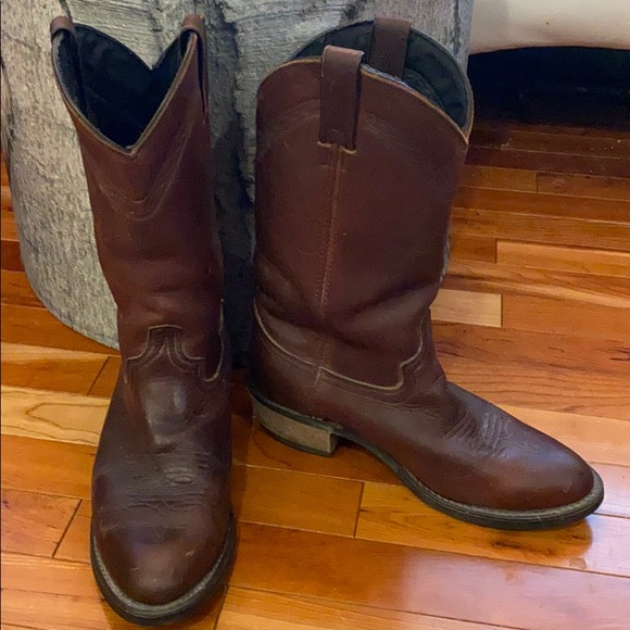Abilene cowboy boots 7.5 made in USA auburn brown